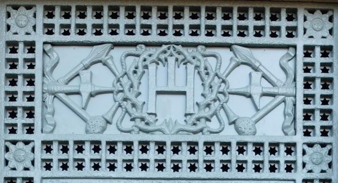 Mausolée Cabrol Decazeville